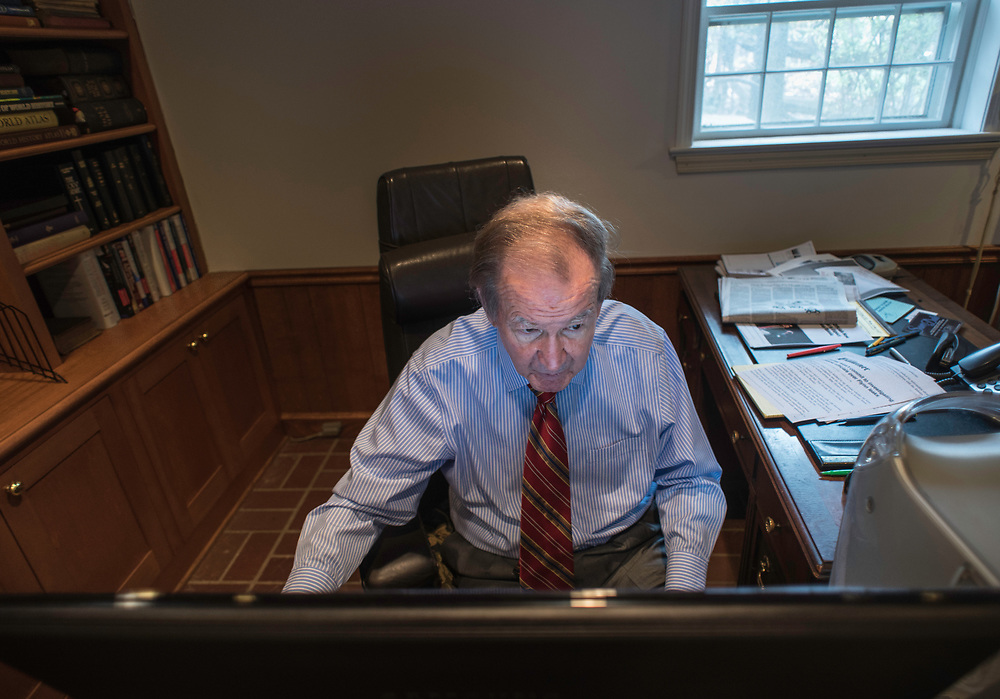 MCLEAN, VA -- 3/21/17 -- Buchanan checks his email briefly while entertaining a visitor. He has a blog and an active Twitter feed. Respected conservative commentator Pat Buchanan reflects on his career at his home in McLean. .…by André Chung #_AC24064