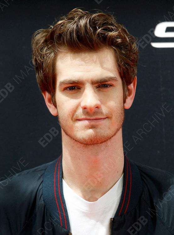 21.JUNE.2012. MADRID<br /> <br /> THE AMAZING SPIDERMAN PHOTOCALL AT THE VILLAMAGNA HOTEL IN MADRID, SPAIN. 21.06.2012 <br /> <br /> BYLINE: EDBIMAGEARCHIVE.CO.UK<br /> <br /> *THIS IMAGE IS STRICTLY FOR UK NEWSPAPERS AND MAGAZINES ONLY*<br /> *FOR WORLD WIDE SALES AND WEB USE PLEASE CONTACT EDBIMAGEARCHIVE - 0208 954 5968*