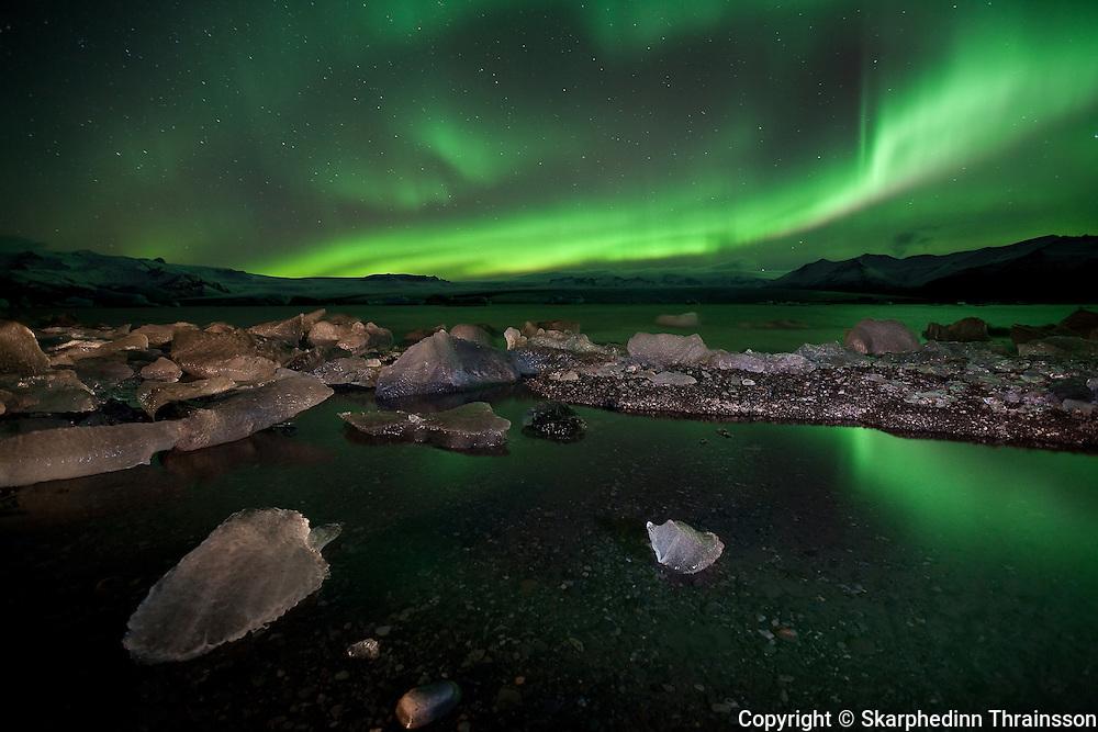 Aurora Borealis at Jökulsárlón / Glacier Lagoon, south Iceland