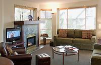 Interior photographs of Woodrun condo 109