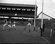 10/09/1961<br /> 09/10/1961<br /> 10 September 1961<br /> All-Ireland Junior Home Final: Kerry v Meath at Croke Park, Dublin.