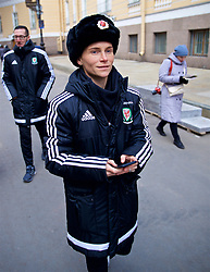 SAINT PETERSBURG, RUSSIA - Monday, October 23, 2017: Wales' Jessica Fishlock at Palace Square outside the Winter Palace ahead of the FIFA Women's World Cup 2019 Qualifying Group 1 match between Russia and Wales. (Pic by David Rawcliffe/Propaganda)