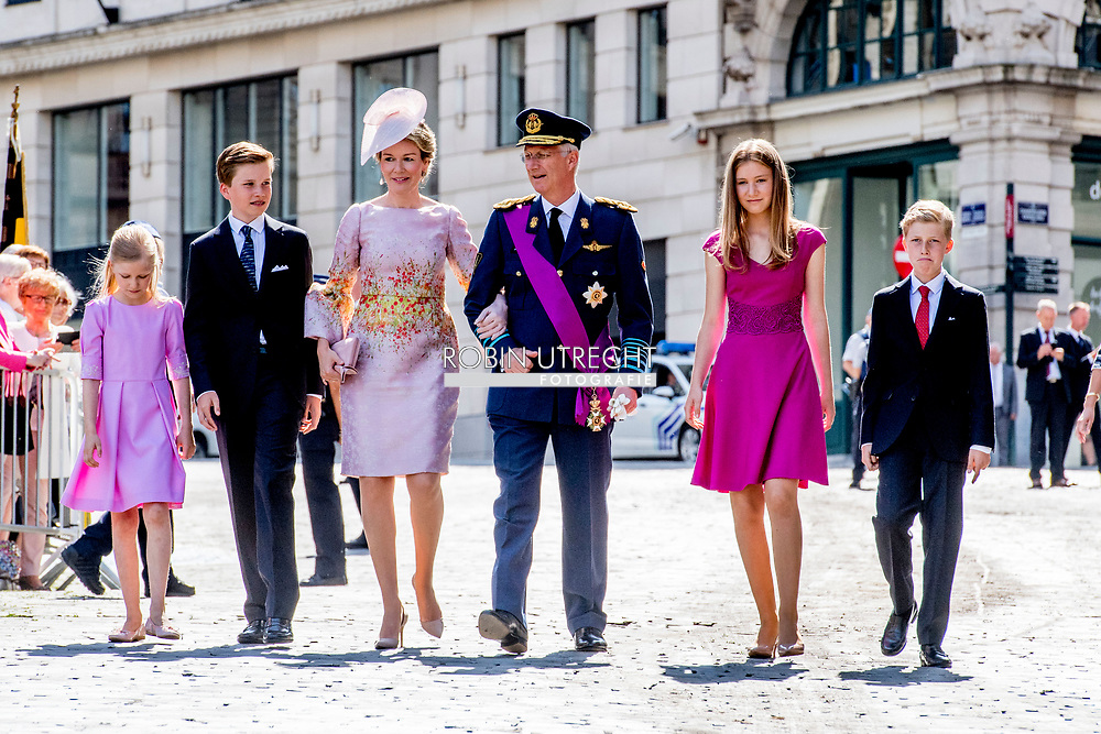 21-7-20-17 BRUSSELS - BRUSSELS - 21-7-2016 BRUSSELS, BELGIUM: Princess Claire of Belgium and Prince Laurent of Belgium pictured during the military parade on the Belgian National Day pictured during the military parade on the Belgian National Day, Prince Emmanuel, Princess Eleonore, Prince Gabriel, Crown Princess Elisabeth, Queen Mathilde of Belgium and King Philippe - Filip of Belgium pictured after the Te Deum mass, on the occasion of today's Belgian National Day, at the Saint Michael and St Gudula Cathedral (Cathedrale des Saints Michel et Gudule / Sint-Michiels- en Sint-Goedele kathedraal) COPYRIGHT ROBIN UTRECHT<br /> <br /> 21-7-2016BRUSSEL, BELGI&Euml;: Prins Emmanuel, prinses Eleonore, Prins Gabri&euml;l, Crown Princess Elisabeth, koningin Mathilde van Belgi&euml; en Koning Philippe - Filip van Belgi&euml; afgebeeld na het Te Deum massa, ter gelegenheid van de hedendaagse Belgische Nationale Dag, op de Sint-Michiel en Sint-Goedele Cathedral (Cath&eacute;drale des Saints Michel et Gudule / Sint-Michiels- en Sint-Goedele kathedraal) COPYRIGHT ROBIN UTRECHT COPYRIGHT ROBIN UTRECHT