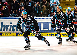 21.02.2020, Keine Sorgen Eisarena, Linz, AUT, EBEL, EHC Liwest Black Wings Linz vs Dornbirn Bulldogs, Zwischenrunde, 7. Qualifikationsrunde, im Bild v.l. Rick Schofield (EHC Liwest Black Wings Linz) feiert das 3 zu 2, Brian Lebler (EHC Liwest Black Wings Linz), Dragan Umicevic (EHC Liwest Black Wings Linz) // during the Erste Bank Eishockey League Intermediate round, 7th qualifying round match between EHC Liwest Black Wings Linz and Dornbirn Bulldogs at the Keine Sorgen Eisarena in Linz, Austria on 2020/02/21. EXPA Pictures © 2020, PhotoCredit: EXPA/ Reinhard Eisenbauer