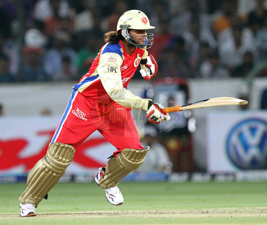 Sourabh Tiwary of RCB in action during match 11 of the Indian Premier League ( IPL ) between the Deccan Chargers and the Royal Challengers Bangalore held at the Rajiv Gandhi International Cricket Stadium in Hyderabad on the 14th April 2011..Photo by Prashant Bhoot/BCCI/SPORTZPICS.