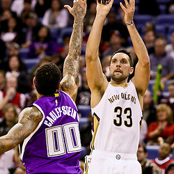 Jan 28, 2016; New Orleans, LA, USA; New Orleans Pelicans forward Ryan Anderson (33) shoots over Sacramento Kings center Willie Cauley-Stein (00) during the second half of a game at the Smoothie King Center. The Pelicans defeated the Kings 114-105. Mandatory Credit: Derick E. Hingle-USA TODAY Sports