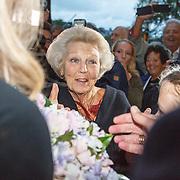 NLD/Amsterdam/20150914 -Jubileumvoorstelling Paul van Vliet 80 Jaar, Prinses Beatrix
