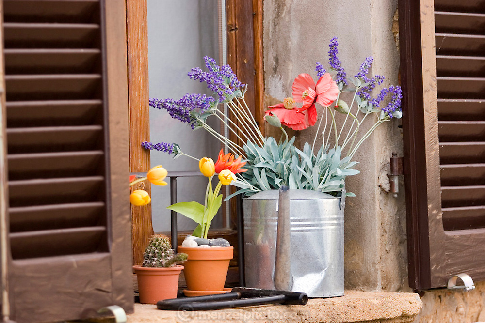 Window sill in Pienza, Italy. (between Rome and Florence, near Montepulciano).