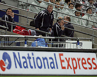 Photo: Paul Thomas/Sportsbeat Images.<br /> England v Croatia. UEFA European Championships Qualifying. 21/11/2007.<br /> <br /> Concerned looking manager Steve McClaren of England.