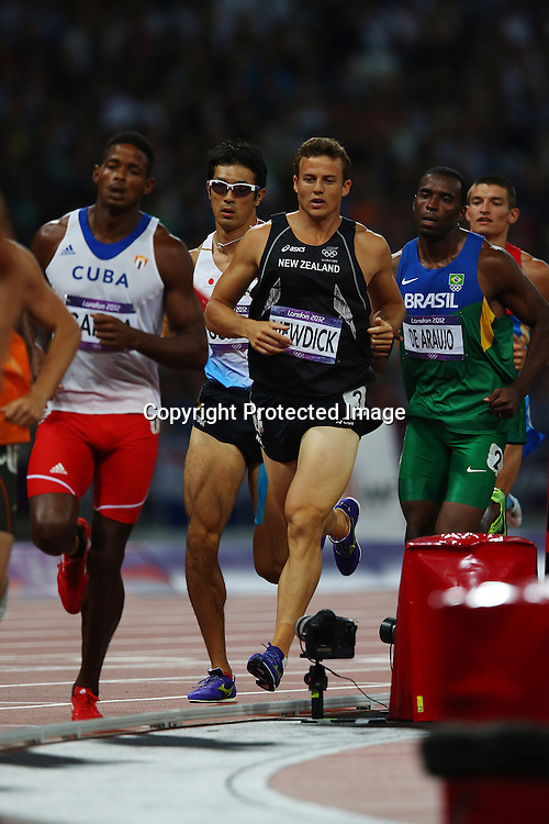 Brent Newdick of New Zealand competing in the 1500m heat of the Mens Decathlon, Olympic Stadium, London. England. 9 August 2012.<br /> Photo:Anthony Au-Yeung/Photosport.co.nz