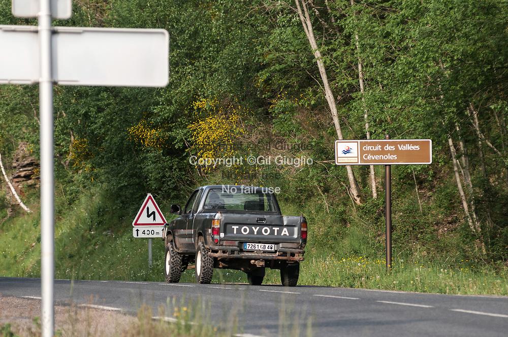 France, Occitanie, Lozère (48), région des Cévennes, route de Barre-des-Cévennes  // France, Occitanie, Lozere departement, area of Cevennes, road of Barre-des-Cevennes