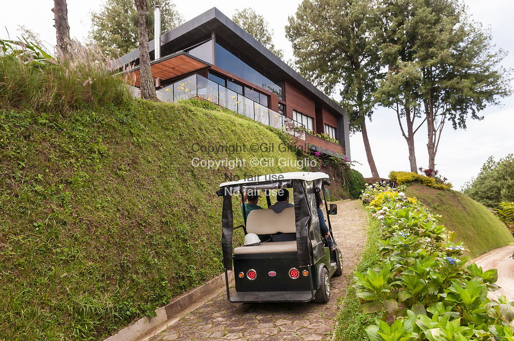 Colombie, région Antioquia, région de Guatape, resort hôtel enseigne : Luxé // Colombia, Antioquia department, Guatape region, Luxé resort hotel