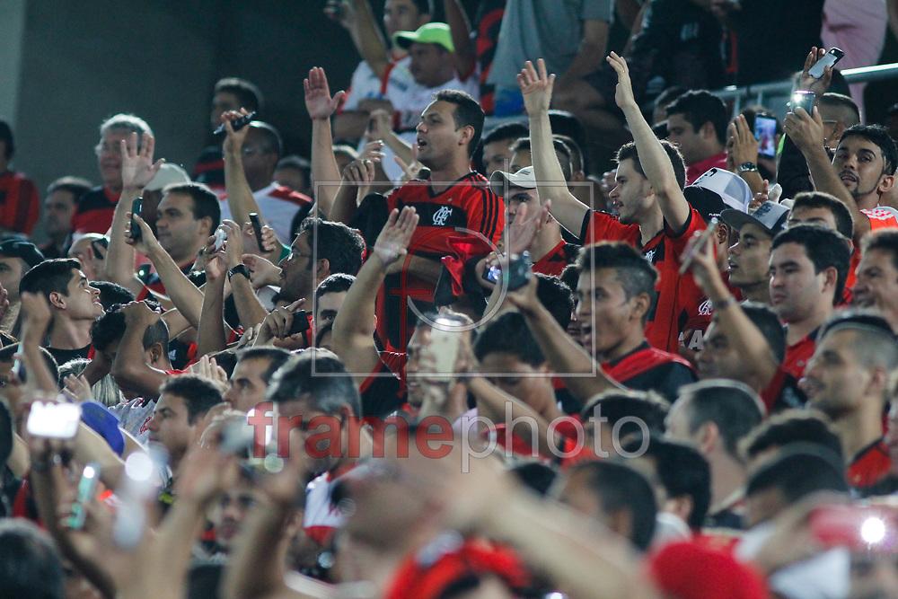 Natal (RN) - 02/09/2015 - A torcida do Flamengo durante partida entre Flamengo e Avaí, válida pela vigésima segunda rodada do Campeonato Brasileiro Série A, na Arena das Dunas em Natal. Foto: Nuno Guimarães/Frame