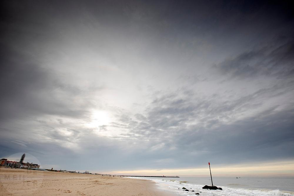 Nederland, Scheveningen, 01-11-2018<br /> Het strand bij Scheveningen.<br /> <br /> The beach at Scheveningen.<br /> Foto: Bas de Meijer / De Beeldunie