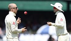 England v Sri Lanka 3rd Test Match - Day 2 - 24 Nov 2018