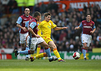 Photo: Rich Eaton.<br /> <br /> Aston Villa v Liverpool. The Barclays Premiership. 18/03/2007. Steven  Gerrard right of Liverpool strides to get past Villas Wilfred Bouma