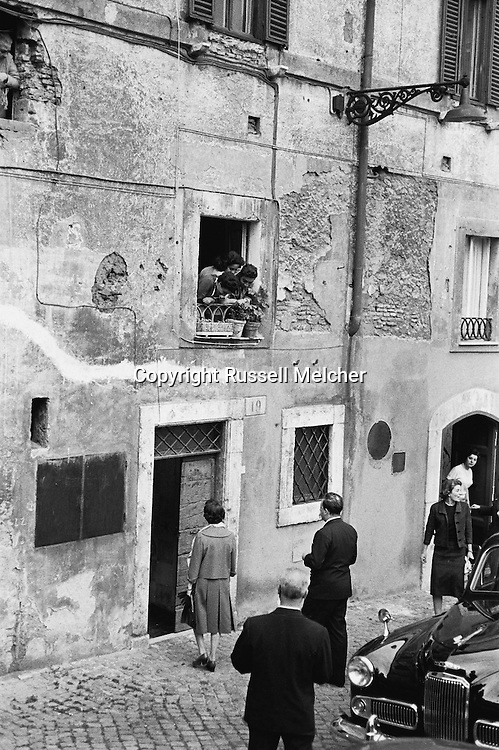 Princess Anne, daughter of queen Elizabeth of Great Britain, entering a house in Rome on the Tiber river.<br />