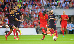 LONDON, ENGLAND - Saturday, August 6, 2016: Liverpool's Sadio Mane in action against Barcelona during the International Champions Cup match at Wembley Stadium. (Pic by Xiaoxuan Lin/Propaganda)