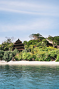Beach villas on Cempedak Island