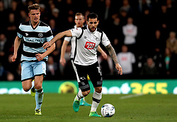 Bradley Johnson of Derby County runs with the ball - Mandatory by-line: Robbie Stephenson/JMP - 31/03/2017 - FOOTBALL - iPro Stadium - Derby, England - Derby County v Queens Park Rangers - Sky Bet Championship
