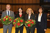 Ludwigshafen. 11.12.17 | <br /> Die Mitglider des Ludwigshafener Stadtrats w&auml;hlen die neuen B&uuml;rgermeister (Dezernenten)<br /> - v.l. Klaus Dillinger (CDU), Cornelia Reifenberg (CDU), Beate Steeg (SPD), Eva Lohse Oberb&uuml;rgermeisterin CDU bis 01.01.2018<br /> Bild: Markus Prosswitz 11DEC17 / masterpress (Bild ist honorarpflichtig - No Model Release!) <br /> BILD- ID 01384 |