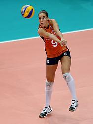 01-10-2014 ITA: World Championship Volleyball Servie - Nederland, Verona<br /> Nederland verliest met 3-0 van Servie en is kansloos voor plaatsing final 6 / Myrthe Schoot