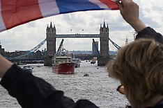 2016-06-15 Farage flotilla protests on Thames against EU Common Fisheries Policy