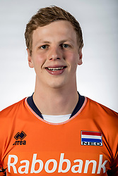 10-05-2017 NED: Selectie Nederlands volleybal team mannen 2017, Arnhem<br /> Op Papendal werd de selectie gepresenteerd / Auke van de Kamp #5