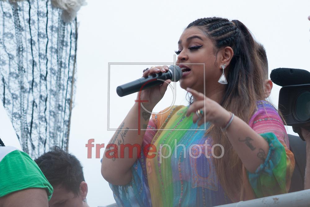 Preta Gil no Trio Eletrico da 22 Parada LGBTI, na tarde deste domingo(19), em Copacabana, Zona Sul, RJ. Foto: Elder Moraes/Framephoto