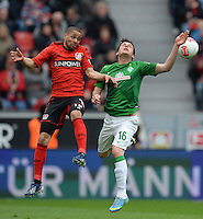 FUSSBALL   1. BUNDESLIGA   SAISON 2012/2013    31. SPIELTAG Bayer 04 Leverkusen - SV Werder Bremen                  27.04.2013 Sidney Sam (li, Bayer 04 Leverkusen) gegen Zlatko Junuzovic (re, SV Werder Bremen)