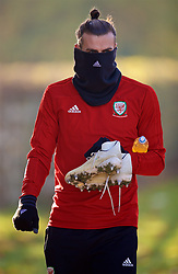 CARDIFF, WALES - Sunday, November 18, 2018: Wales' Gareth Bale arrives for a training session at the Vale Resort ahead of the International Friendly match between Albania and Wales. (Pic by David Rawcliffe/Propaganda)