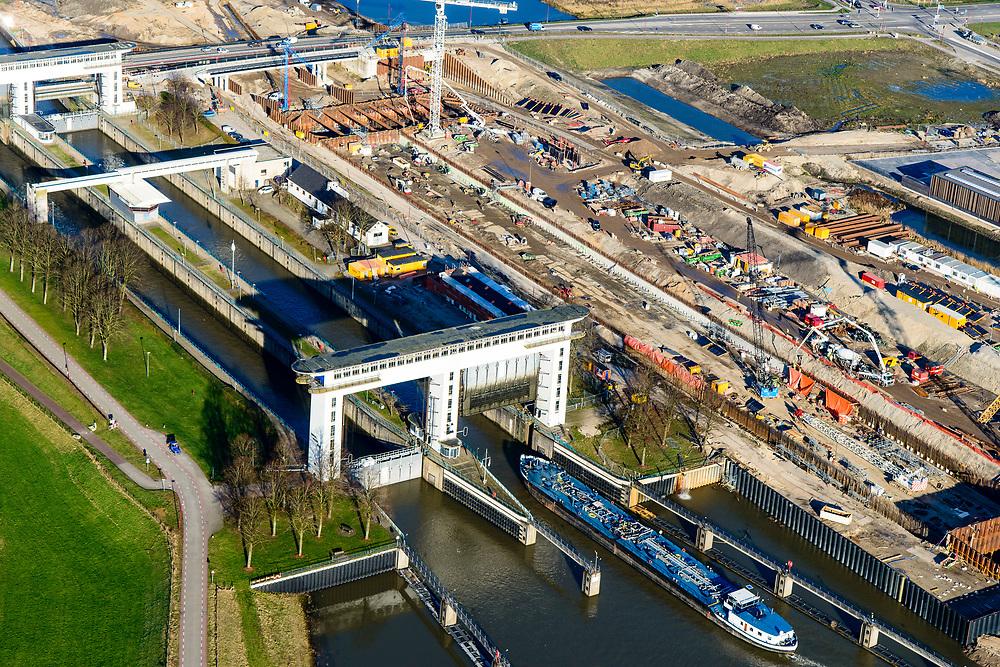 Nederland, Utrecht, Nieuwegein, 07-02-2018; Prinses Beatrixsluizen. Het sluizencomplex in het Lekkanaal wordt uitgebreid met een derde kolk.<br /> Princess Beatrix locks. The lock complex in the Lek Canal will be expanded with a third chamber.<br /> <br /> luchtfoto (toeslag op standard tarieven);<br /> aerial photo (additional fee required);<br /> copyright foto/photo Siebe Swart