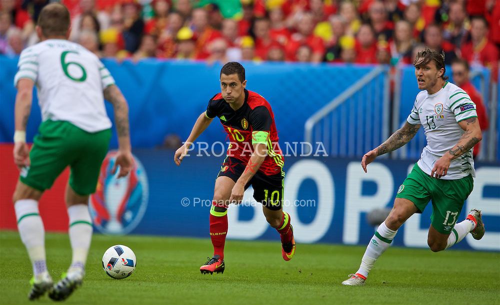 BORDEAUX, FRANCE - Saturday, June 18, 2016: Belgium's Eden Hazard in action against Republic of Ireland during the UEFA Euro 2016 Championship Group E match at Stade de Bordeaux. (Pic by Paul Greenwood/Propaganda)