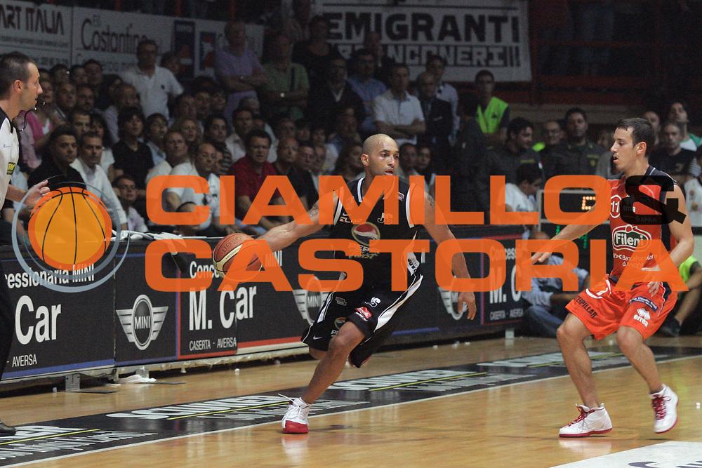 DESCRIZIONE : Caserta Lega A2 2007-08 Play Off Finale Gara 2 Pepsi Caserta Fileni Jesi <br /> GIOCATORE : Randolph Childress<br /> SQUADRA : Pepsi Caserta<br /> EVENTO : Campionato Lega A2 2007-2008<br /> GARA : Pepsi Caserta Fileni Jesi<br /> DATA : 03/06/2008<br /> CATEGORIA : Palleggio<br /> SPORT : Pallacanestro<br /> AUTORE : Agenzia Ciamillo-Castoria/A.De Lise