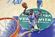 DESCRIZIONE : Campionato 2014/15 Dinamo Banco di Sardegna Sassari - Vanoli Cremona<br /> GIOCATORE : Jerome Dyson<br /> CATEGORIA : Tiro Penetrazione Special<br /> SQUADRA : Dinamo Banco di Sardegna Sassari<br /> EVENTO : LegaBasket Serie A Beko 2014/2015<br /> GARA : Dinamo Banco di Sardegna Sassari - Vanoli Cremona<br /> DATA : 10/01/2015<br /> SPORT : Pallacanestro <br /> AUTORE : Agenzia Ciamillo-Castoria / Luigi Canu<br /> Galleria : LegaBasket Serie A Beko 2014/2015<br /> Fotonotizia : Campionato 2014/15 Dinamo Banco di Sardegna Sassari - Vanoli Cremona<br /> Predefinita :