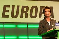 28 NOV 2003, DRESDEN/GERMANY:<br /> Angelika Beer, B90/Gruene Bundesvorsitzende, haelt eine Rede, 22. Ordentliche Bundesdelegiertenkonferenz Buendnis 90 / Die Gruenen, Messe Dresden<br /> IMAGE: 20031128-01-029<br /> KEYWORDS: Bündnis 90 / Die Grünen, BDK, speech<br /> Parteitag, party congress, Bundesparteitag