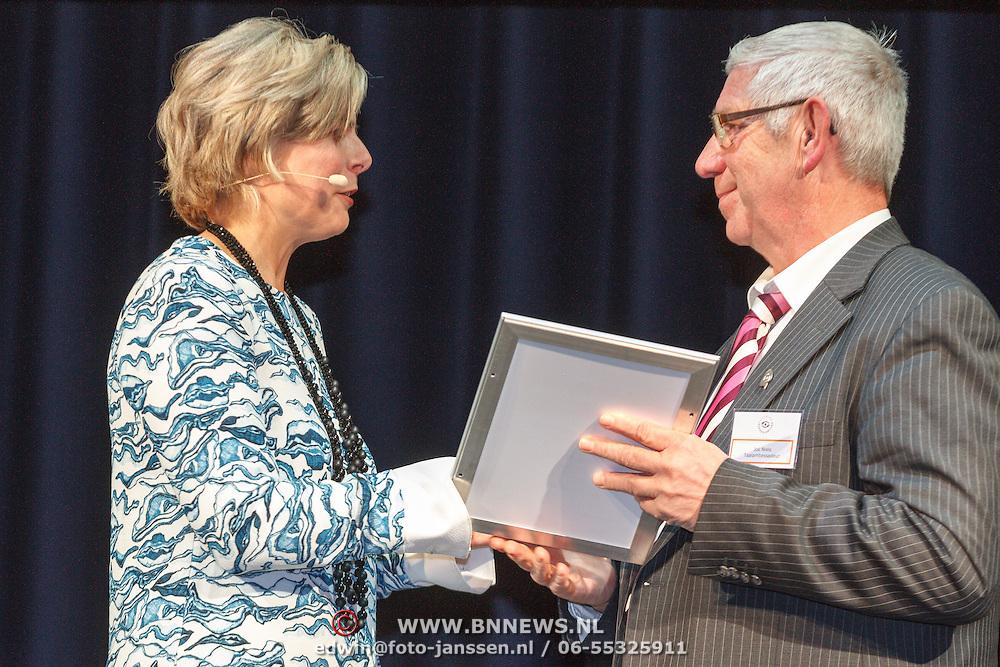 NLD/Amsterdam/20160121 - Uitreiking Taalhelden prijzen 2016 door Prinses Laurentien, Prinses Laurentien en Jos Niels
