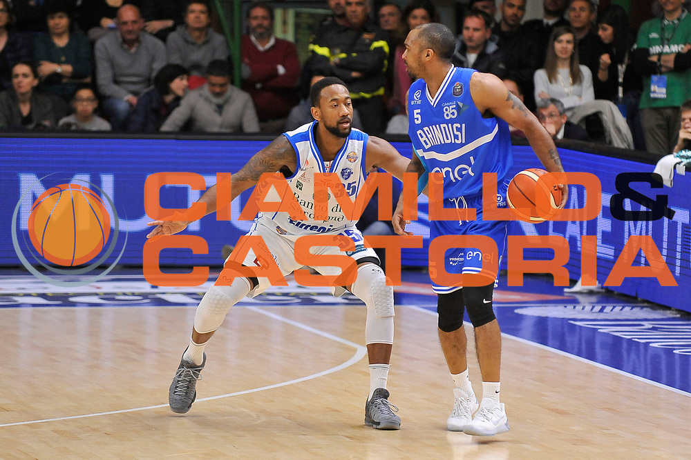 Phil Goss - David Lighty<br /> Banco di Sardegna Dinamo Sassari - Enel New Basket Brindisi<br /> LegaBasket Serie A LBA Poste Mobile 2016/2017<br /> Sassari 02/04/2017<br /> Foto Ciamillo-Castoria