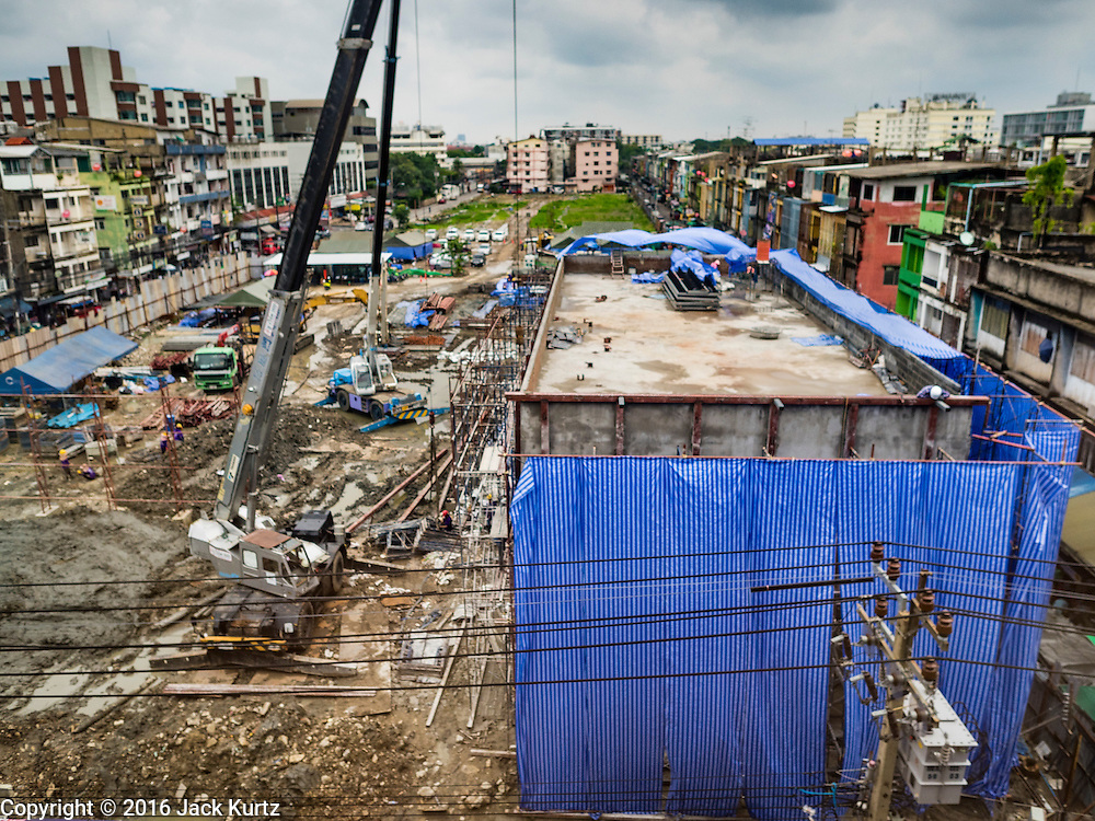 21 SEPTEMBER 2016 - BANGKOK, THAILAND: The construction site now occupying the land that used to be the Bang Chak Market. The market closed permanently on January 4, 2016. The Bang Chak Market served the community around Sois 91-97 on Sukhumvit Road in the Bangkok suburbs. Bangkok city authorities put up notices in late November 2015 that the market would be closed by January 1, 2016 and redevelopment would start shortly after that. Market vendors said condominiums are being built on the land.      PHOTO BY JACK KURTZ