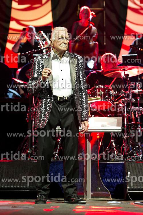 09.06.2015, Palm Beach, USA, Bandleader James Last mit 86 Jahren gestorben, im Bild der Deutsche Bandleader James Last ist am Dienstag mit 86 Jahren in Florida (USA) gestorben. 70 Jahre stand James Last auf der Show-Buehne, erst im Maerz und April feierte er seine Abschiedstournee &quot;Non Stop Music&quot;. Hier auf einem Archivbild vom 08.04.2015 in der Freiburger Rothaus Arena // Bandleader James Last died on Tuesday with 86 years in Florida (USA). 70 years was James Last on stage, in March and April he celebrated his farewell tour &quot;Music Non Stop&quot; Rothaus Arena in Palm Beach, United States on 2015/06/09. EXPA Pictures &copy; 2015, PhotoCredit: EXPA/ Eibner-Pressefoto/ Fleig<br /> <br /> *****ATTENTION - OUT of GER*****