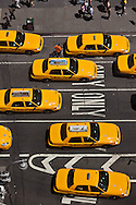 New York Times square, , elevated view , traffic on broadway and 7th avenue , yellow cabs , United states/ taxis jaunes a times square sur broadway et la  7em avenue . New York - Etats unis
