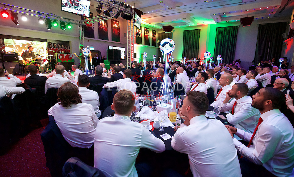 CARDIFF, WALES - Wednesday, June 1, 2016: The Manic Street Preachers performs for the Wales team during a charity send-off gala dinner at the Vale Resort Hotel ahead of the UEFA Euro 2016. (Pic by David Rawcliffe/Propaganda)