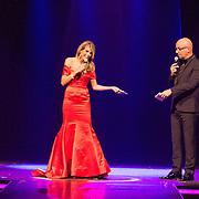 NLD/Hilversum/20131208 - Miss Nederland finale 2013, Kim Kotter en Maik de Boer