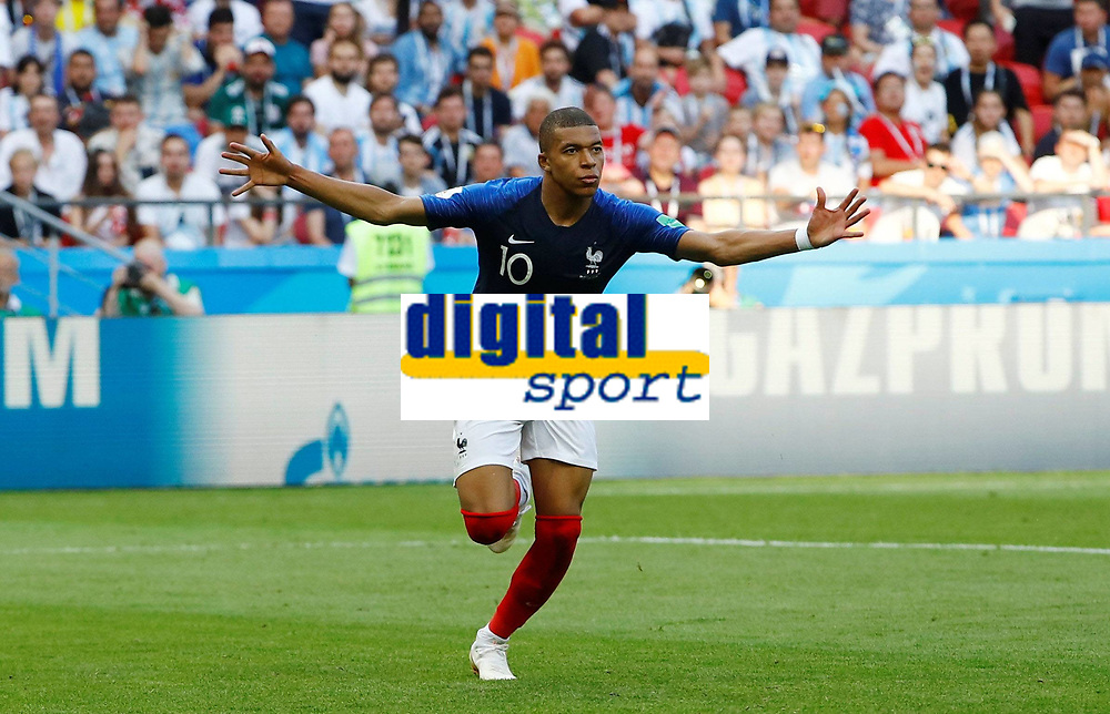Soccer Football - World Cup - Round of 16 - France vs Argentina - Kazan Arena, Kazan, Russia - June 30, 2018 France s Kylian Mbappe celebrates scoring their fourth goal FOOTBALL : France vs Argentine - Coupe du Monde 2018 - Kazan - 30/06/2018 AI/Reuters/Panoramic PUBLICATIONxNOTxINxFRAxITAxBEL AI
