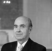 1975 - President Cearbhall O'Dalaigh.      (H84)