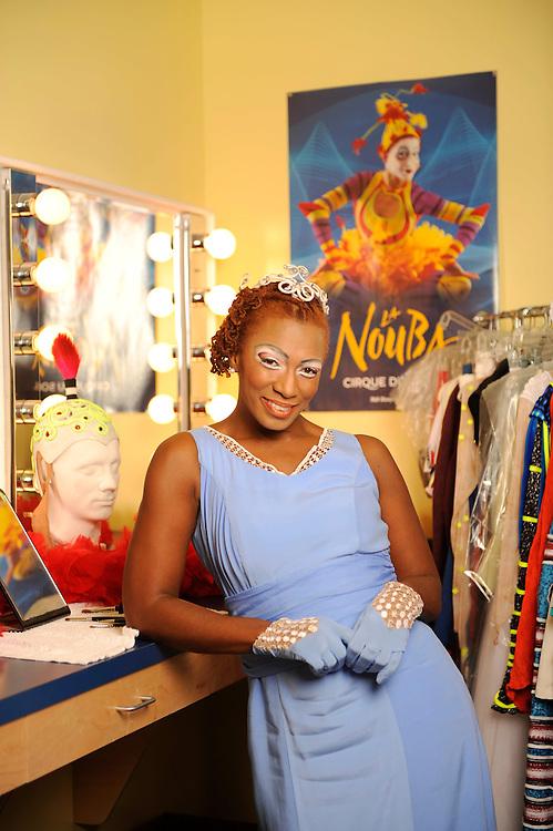 Dec 1, 2009 -- Orlando, FL, U.S.A..Sisaundra Lewis, singer at Cirque De Solei...Photo by Preston C. Mack .