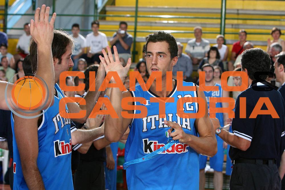 DESCRIZIONE : San Benedetto del Tronto Torneo Internazionale dell'Adriatico Italia-Francia Italy-France<br /> GIOCATORE : Ghiacci<br /> SQUADRA : Italy Italia<br /> EVENTO : San Benedetto del Tronto Torneo Internazionale dell'Adriatico Italia-Francia<br /> GARA : Italia Francia Italy France<br /> DATA : 01/07/2006 <br /> CATEGORIA : <br /> SPORT : Pallacanestro <br /> AUTORE : Agenzia Ciamillo-Castoria/E.Castoria