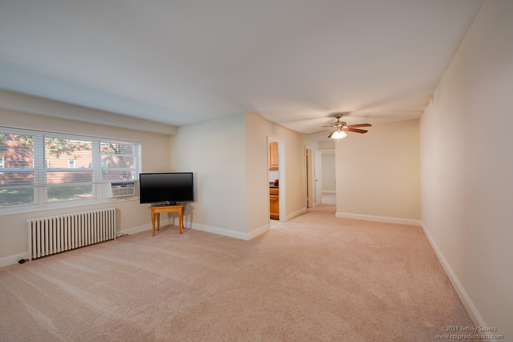 Interior image of Springfield Gardens Apartments in Virginia by Jeffrey Sauers of Commercial Photographics, Architectural Photo Artistry in Washington DC, Virginia to Florida and PA to New England
