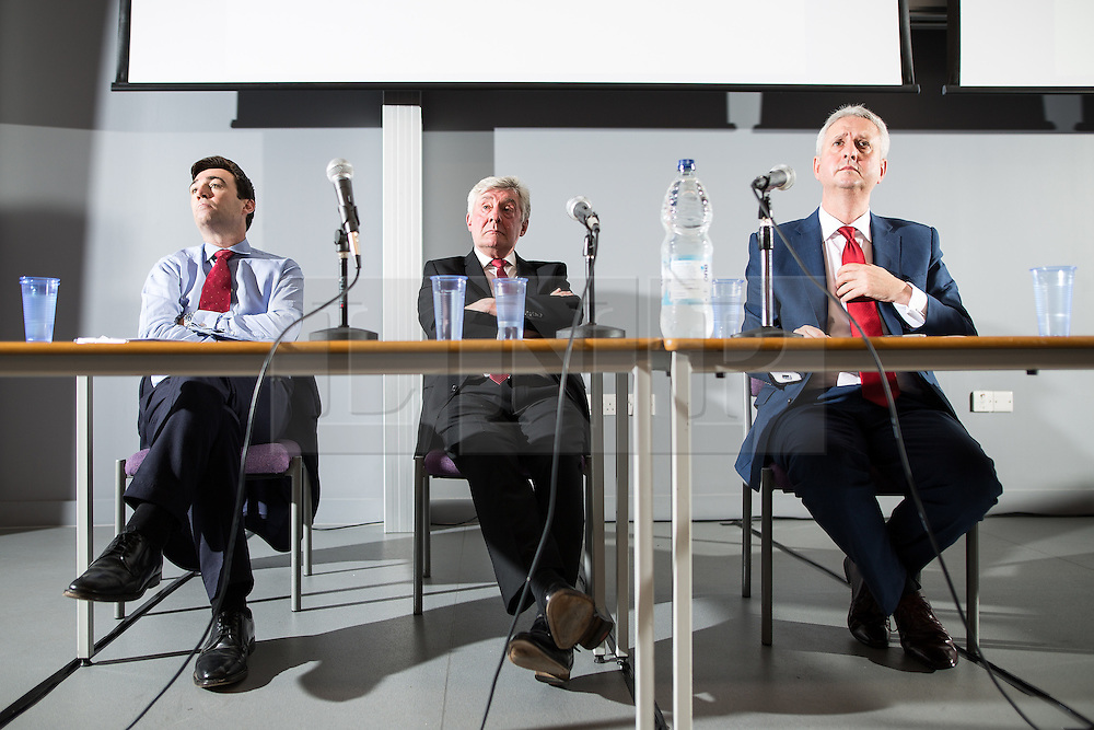 © Licensed to London News Pictures . 21/07/2016 . Manchester , UK . Hustings for the Mayoralty of Greater Manchester , at the Renold Building of the University of Manchester . L-R Labour candidates Andy Burnham ( MP for Leigh ) , Tony Lloyd ( current interim Mayor ) and  Ivan Lewis ( MP for Bury South ) debate their relative candidacies . Photo credit : Joel Goodman/LNP