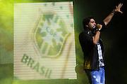 SÃO PAULO,SP - 12-12-13 - VICTOR E LÉO - Léo, da dupla sertaneja Victor e Léo, durante apresentação no Citibank Hall, na noite desta quinta-feira (12). Foto: Geovani Velasquez / Brazil Photo Press